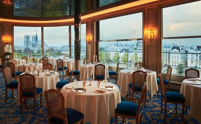 Dining Room, Tour d'Argent. Image courtesy Tour d'Argent